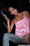 Alina Li sucks on some big cock at a glory hole Picture 03