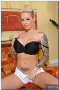 Christy Mack gets her pussy licked and banged on a couch from Naughty America