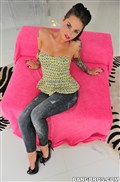 Christy Mack gets nailed in tight jeans on a pink couch Picture 01