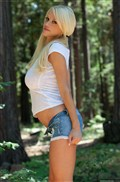 Courtney Cass shows off her hot body in the woods Picture 04