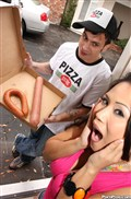 Jessica Bangkok gets off with the Pizza guy from Porn Pros