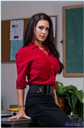 Jessica Jaymes gets screwed in the classroom in white bra from Naughty America