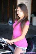 Jynx Maze sucks big Dick in her cute pink Shirt Picture 01