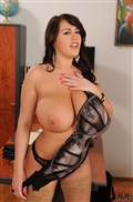Leanne Crow shows off her giant tits in nude stockings