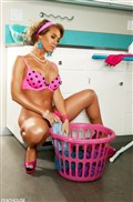 Nicole Aniston looks hot doing laundry in pink lingerie Picture 12