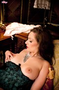 Sophia Delane rubs her pussy in black lingerie and stockings